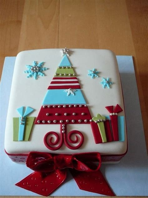 easy classy christmas tree from fondant best 25 cake designs ideas on cakes cake decorations and