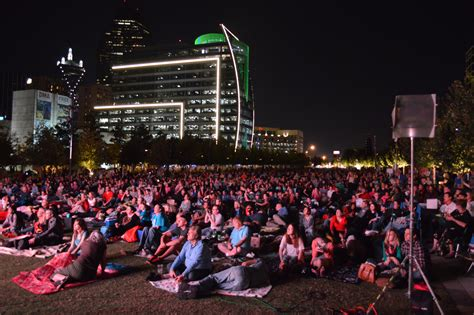 City Of Dallas Marriage Records Record Attendance At The Marriage Of Figaro Simulcast Klyde Warren Park