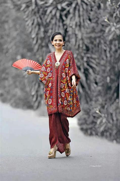 Blouse Atasan Kantor Tunic Batik 13 176 best model kebaya modern kebaya gaun eksklusif images on batik dress batik