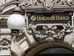 unicredit filiali unicredit licenzia 6500 dipendenti e chiude oltre 800