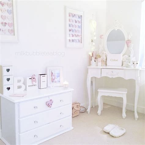 Bedroom Vanity Bobs Best 25 Ikea Dressing Table Ideas On Dressing