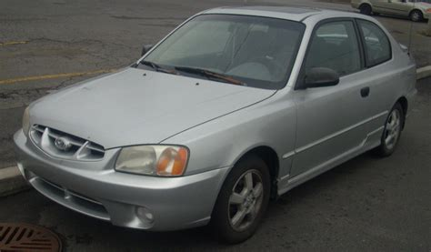 2002 Hyundai Accent Hatchback by File 2000 02 Hyundai Accent Hatchback Jpg Wikimedia Commons