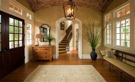 foyer     decorate