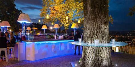 aperitivo terrazza firenze aperitivo in terrazza a firenze con la selfie charms