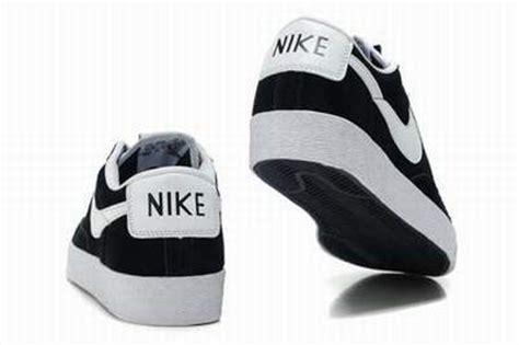 Sepatu Nike Di Sport Station chaussure nike la plus vendu