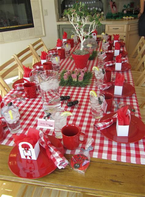 Indoor Picknick by Just A Slice Of Apple Pie Jungle Picnic