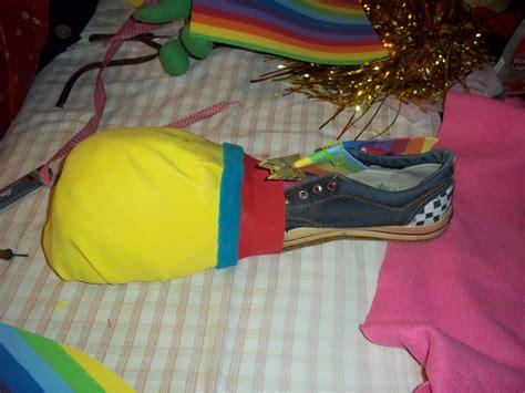 como hacer zapatos de payasos para fofucho zapatos de payaso en goma eva imagui