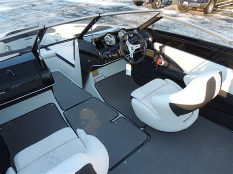 glastron boats halifax glastron gt200 bowrider 2017 new boat for sale in halifax