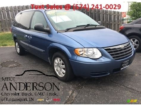 2007 chrysler town and country 2007 marine blue pearl chrysler town country touring