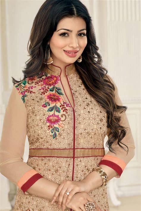 ayesha takia  cool    wallpapers collection