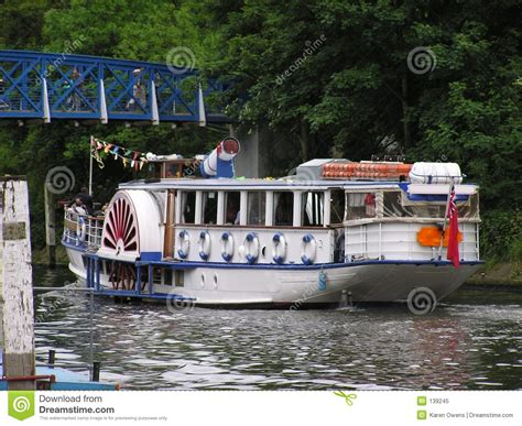 cartoon pleasure boat pleasure boating royalty free stock photo cartoondealer