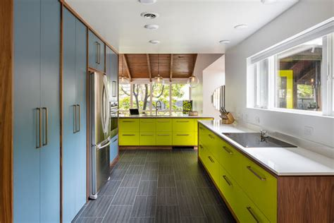 Small Kitchen Interiors 5 Ways To Make Your Midcentury Modern Kitchen Layout Better