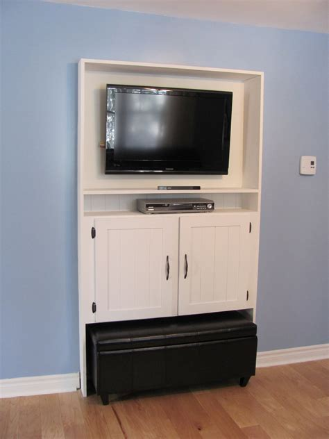 Rustic Enclosed Tv Cabinets For Flat Screens With Doors