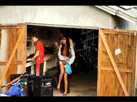 off grid living ideas off the grid ideas solar panel install party youtube