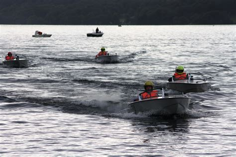 speed boat windermere racing gallery for the windermere motor boat racing club