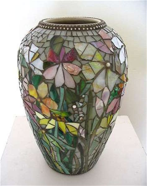 Stained Glass Vase Patterns by Top 10 Mosaic Flower Vases Ideas Mozaico