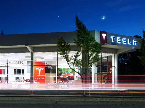 Tesla Showroom Fremont 220 Ber Tesla Tesla Motors Deutschland