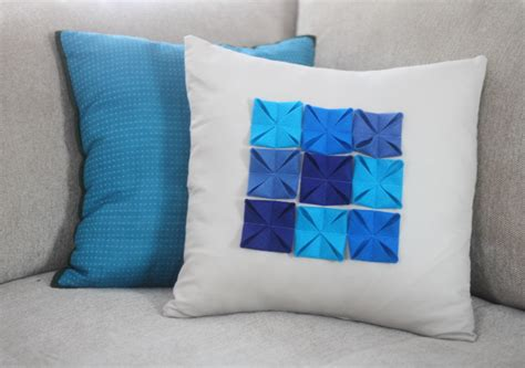how to store pillows diy felt accented pillow cover blog homeandawaywithlisa