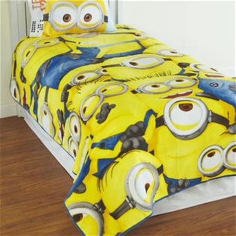 Despicable Me Minion Blanket by Despicable Me Minions Plush Blanket Home Bed Bath