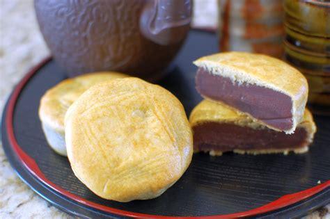 Handmade Mooncake - mooncakes the 350 degree oven