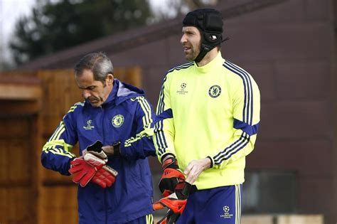 arsenal coach cech s coach confirms arsenal have not contacted him about