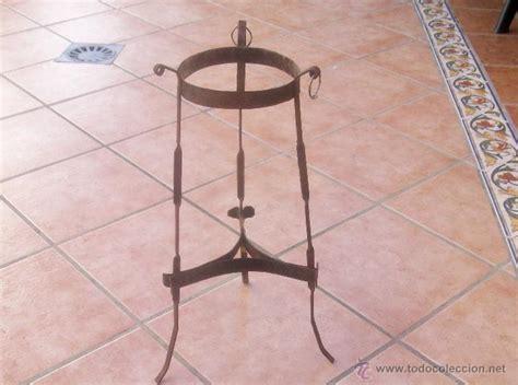 pedestal para macetas antiguo macetero soporte para maceta pedestal comprar