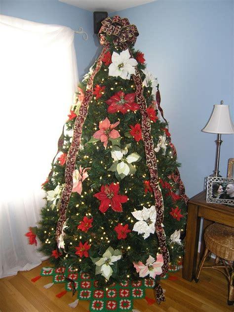 poinsettia christmas tree holiday ideas pinterest
