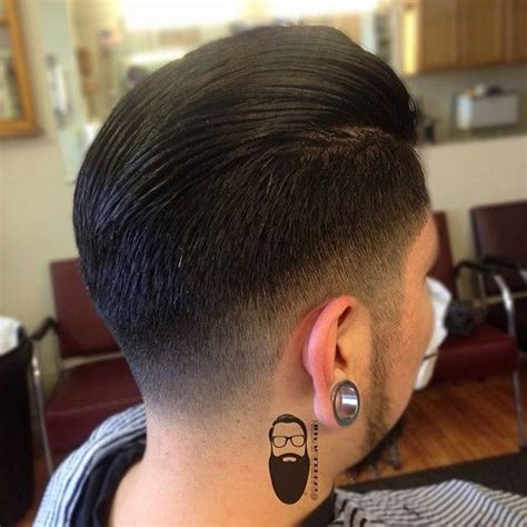 gentlemans taper haircut therealbarberjustin come in with a botched undercut