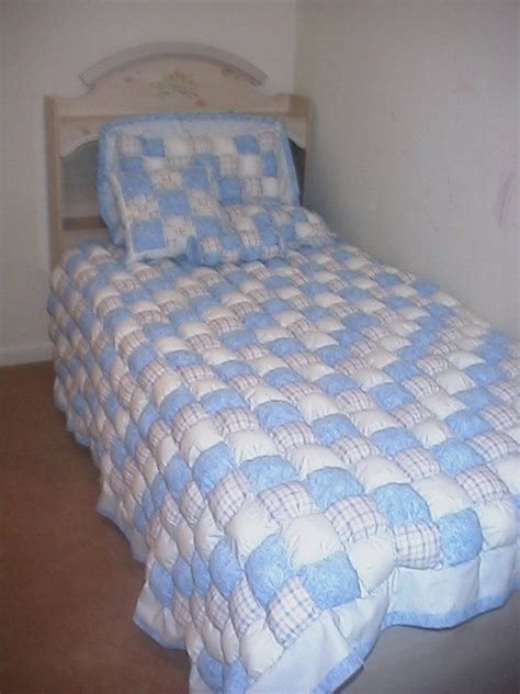 puff comforter pin by jan harris on puff quilts pinterest puff quilt