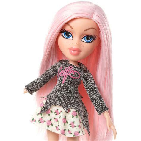 bratz doll pink hair pics for gt bratz dolls cloe clothes