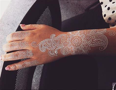 instagram tattoo temporary 30 stunning white henna inspired tattoos that look like