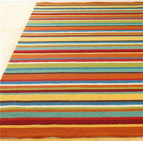 Striped Outdoor Rugs Decorate Your Home In Modern Family Style And Gloria S House Furniture