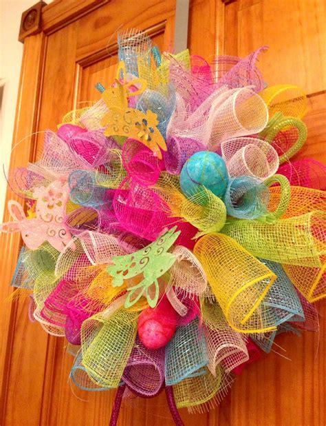 nancy garcia coral springs small easter deco mesh wreath with bunnies eggs deco