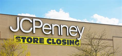 Jcpenney Gardens Hours by Jcpenney To 140 Stores And Offer 6000 Early Retirements