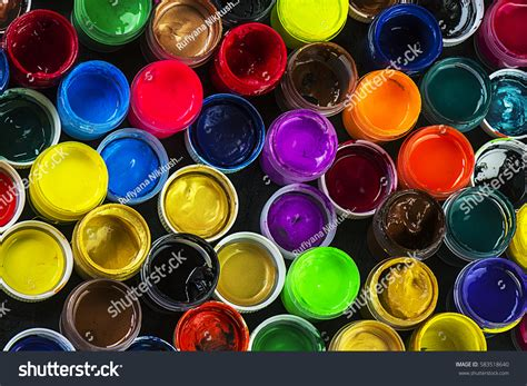 how many different colors are used to achieve lisa rinnas hair many different colors stock photo 583518640 shutterstock