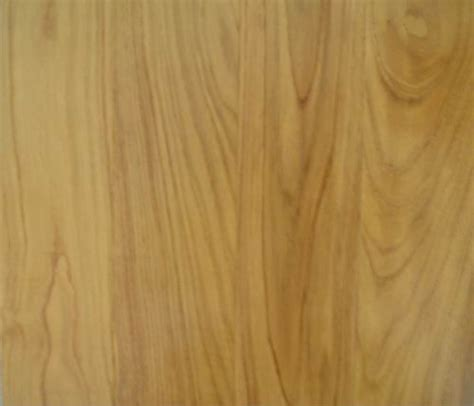 Lu Hias Kayu jenis material kayu untuk pintu utama pusat kerajinan