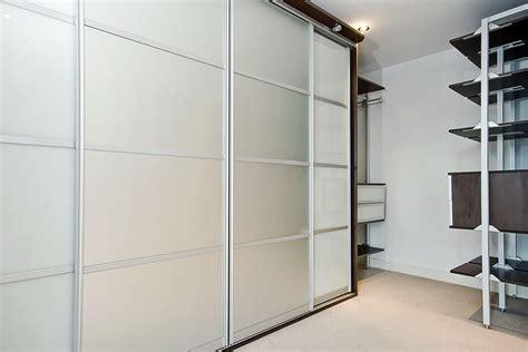 Wardrobe Door Glass by Sliding Wardrobes Doors Designs