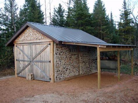 lean   garage  home   camper