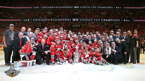 stanley chicago chicago blackhawks stanley cup wallpaper wallpapersafari