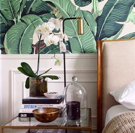 bedroom banana leaf  martinique wallpaper accent