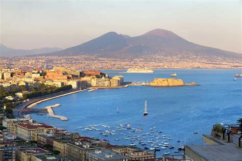 a napoli guida di napoli un viaggio nella storia ciao italia