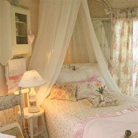 pinterest shabby chic bedroom pinterest discover and save creative ideas