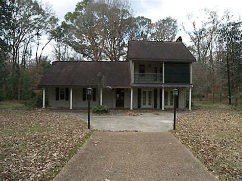 houses for sale in st francisville la 6800 barrow hill drive saint francisville la 70775 foreclosed home information