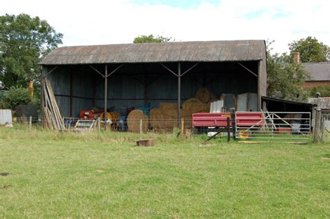 Farm Sheds Uk by File Farm Sheds Of Willoughby Geograph Org Uk