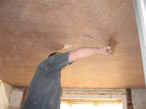 Skimming Ceiling by Skimming A Ceiling Franks Plastering