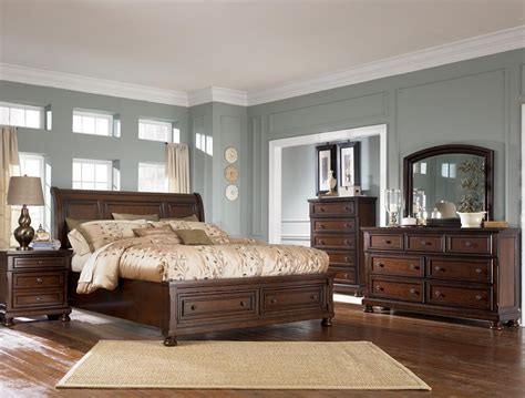 King Sleigh Bedroom Set Furniture Porter Sleigh Bed With Storage Footboard Olinde S Furniture Sleigh Beds