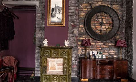 Decorating Ideas For Jazz Jazz Inspired Apartment In Mixture Of Traditional And