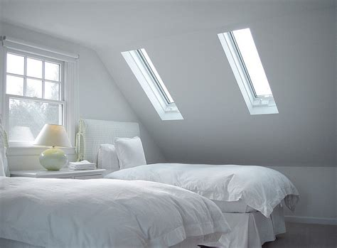 bedroom skylight 23 stylish bedrooms that bring home the beauty of skylights