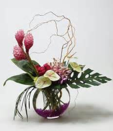 Flower Arrangements In Vase by 17 Best Ideas About Vase Arrangements On