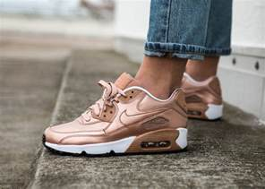Gift Wrapped Christmas - nike air max 90 leather se metallic red bronze rose gold femme